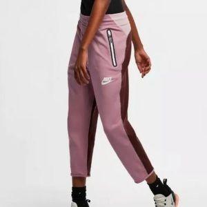 NEW Nike Tech Fleece Jogger Pants Pink